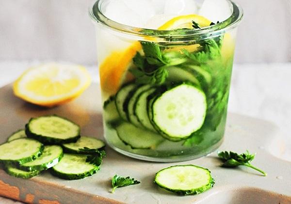1.3 loại nước detox dễ làm cho chị em mùa Tết
