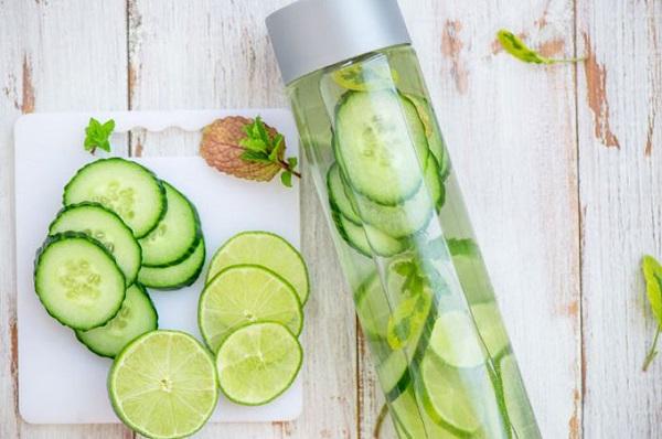 1.3 loại nước detox dễ làm cho chị em mùa Tết1