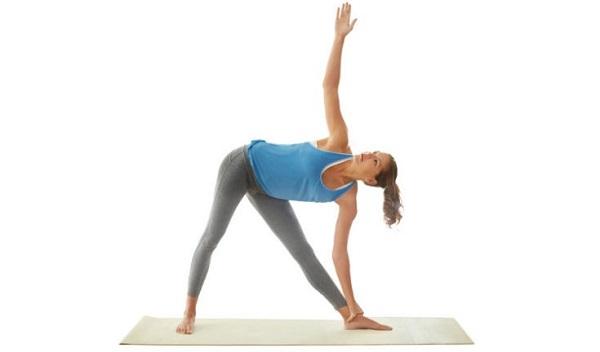 6.Tết này không lo đầy bụng nhờ có Yoga2