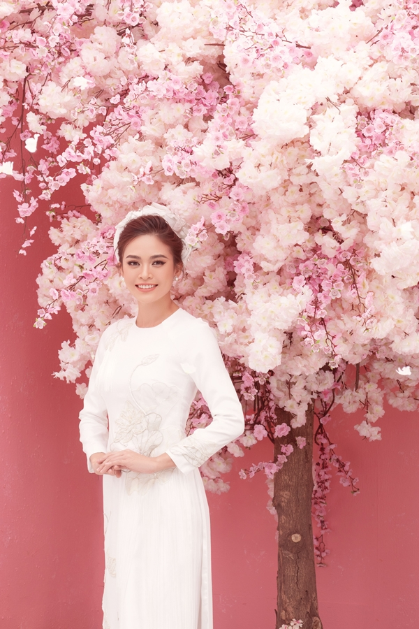 Anh Tet Ky Hoi_A Hau Mau Thuy (7)