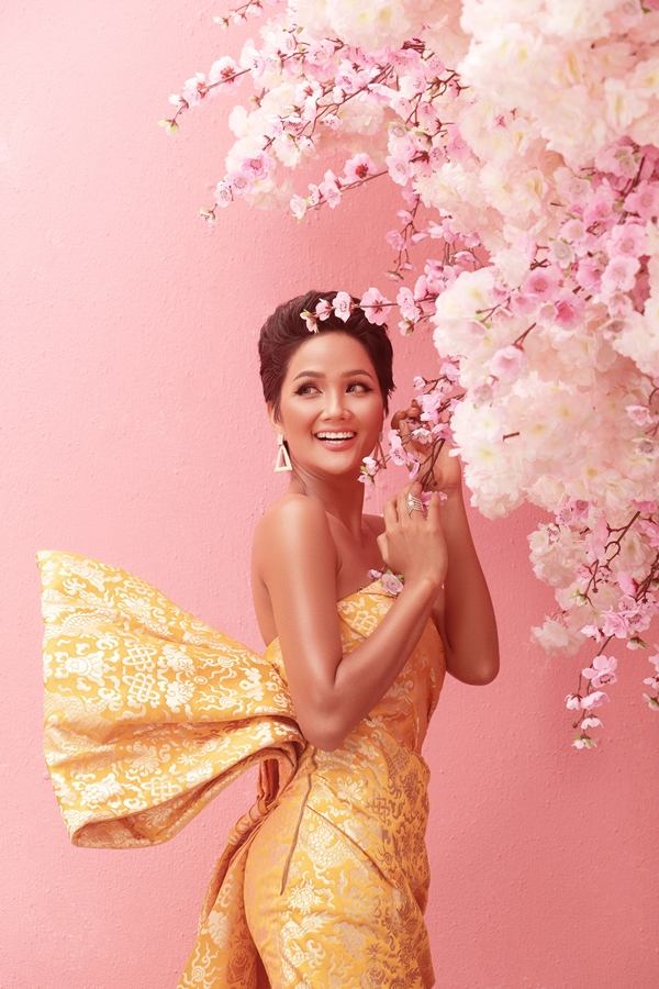 Anh Tet Ky Hoi_Hoa Hau HHen Nie (4)