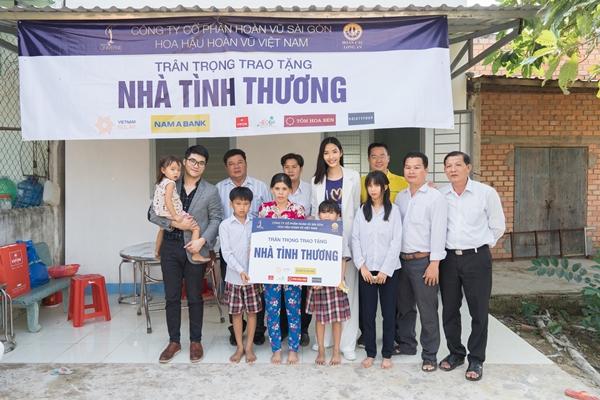 Hoang Thuy (18)