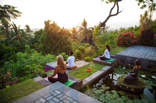 Lịch trình được vạch ra rõ ràng, vừa tham quan, vừa kết hợp tập Yoga.