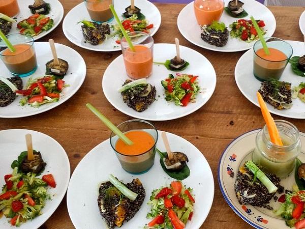 Ăn chay lành mạnh giúp phục hồi, giải độc cơ thể.