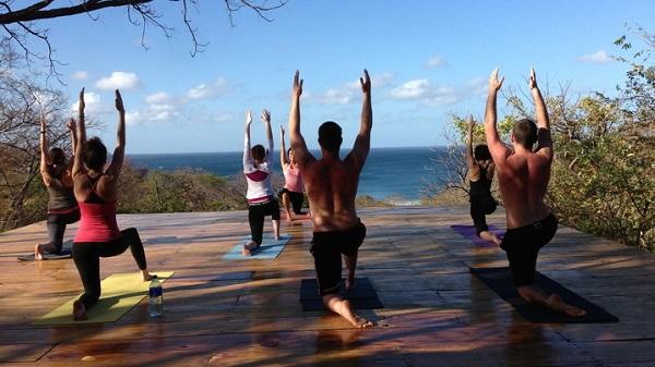 Yoga retreat đang trở thành sự lựa chọn của nhiều người.