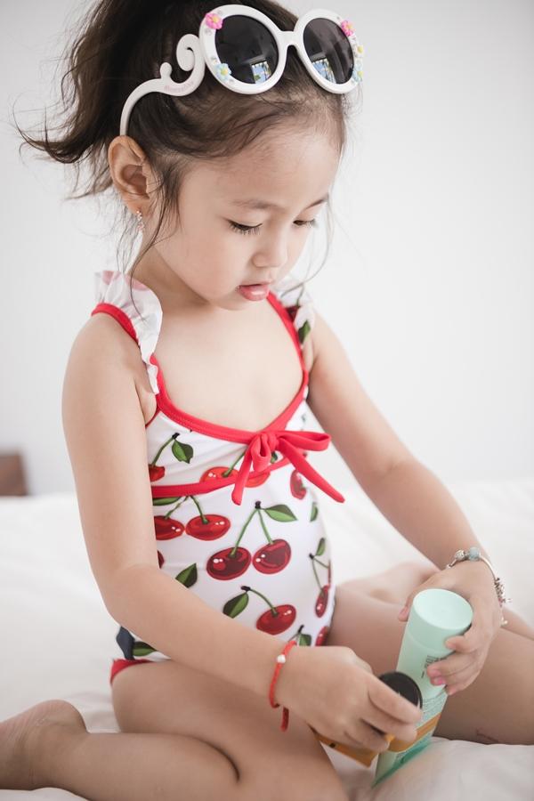 Hà Kiều Anh cho biết con gái nhỏ có niềm đam mê với môn bơi lội giống hai anh trai Vương Khang, Vương Khôi. Từ lúc 6 tháng, Viann được mẹ cho học bơi và khi 3 tuổi đã có thể bơi một mình, không cần phao.