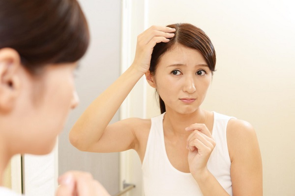 3.Ăn gì đề ngăn chặn rụng tóc cho mẹ sau khi sinh9
