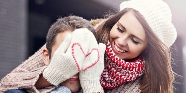 Vào valentine đỏ, các cô gái thường sẽ tặng chàng trai một món quà.