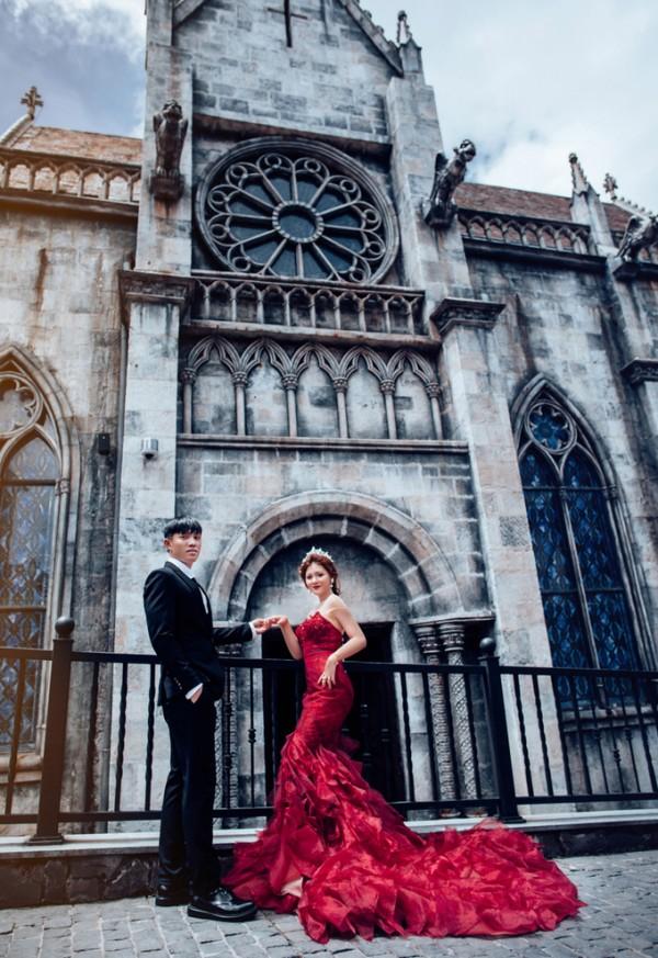 4.Ảnh cưới ở Đà Nẵng của cặp nên duyên nhờ bạn thân2