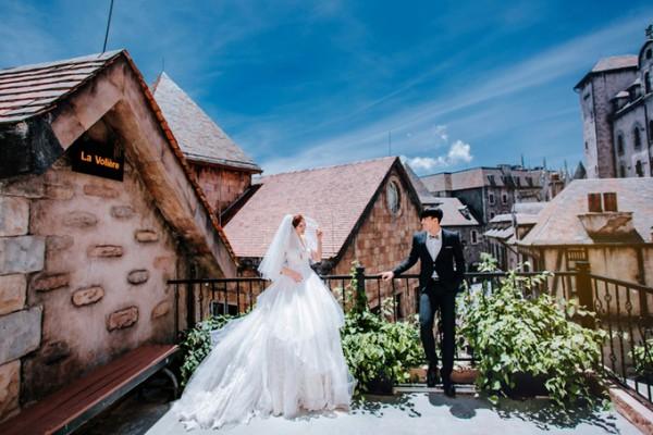 4.Ảnh cưới ở Đà Nẵng của cặp nên duyên nhờ bạn thân4