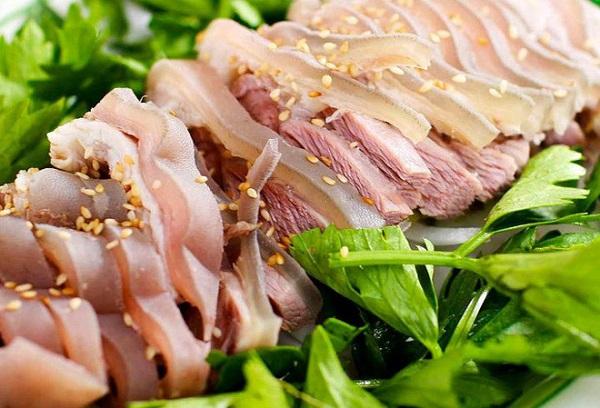 4.Thuộc ngay mẹo luộc các loại thịt bảo đảm thơm ngon mà không mất chất9