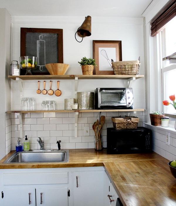Số bếp phụ thuộc nhiều vào sở thích cá nhân và đặc biệt là tài chính của gia chủ nhiều hơn là phụ thuộc vào phong thủy.