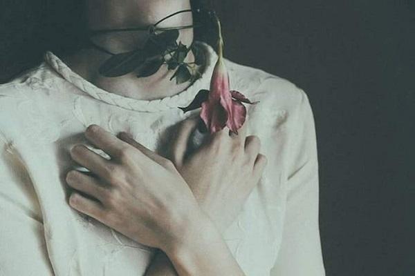 """Quá mức cho hai chữ """"bạn thân"""", nhưng lại thiếu sự ràng buộc hay ngỏ lời để là người yêu của nhau…"""
