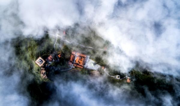 Những hiện tượng thiên nhiên kỳ thú trên đỉnh Fansipan mê hoặc du khách4
