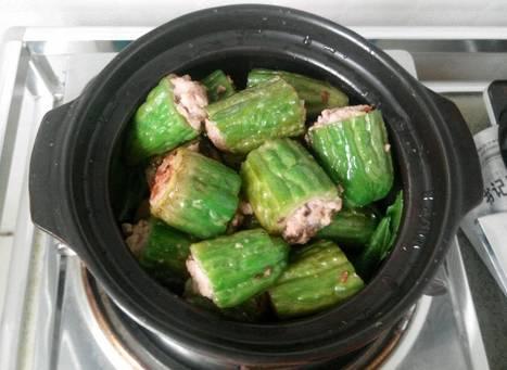 Thịt nhồi mướp đắng là món ăn tốt cho người loãng xương