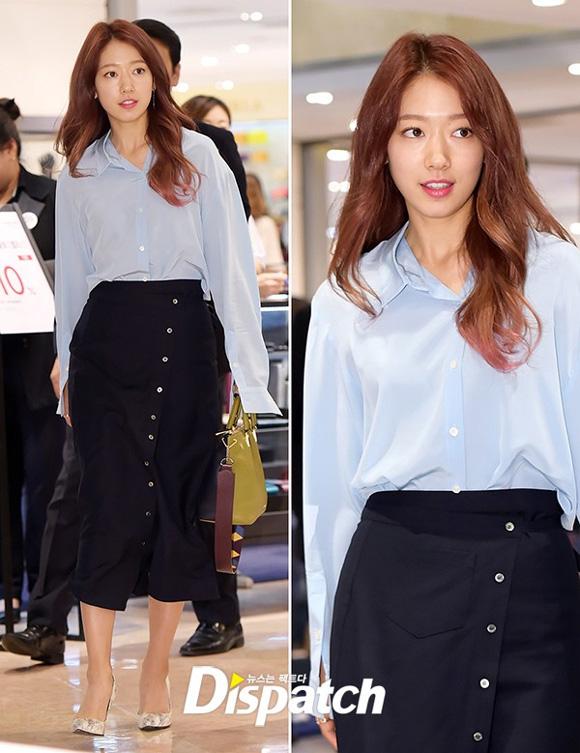 10.Lên đường tham dự Tuần lễ thời trang Paris, Park Shin Hye bị soi mất dáng với đồ rộng thùng thình9