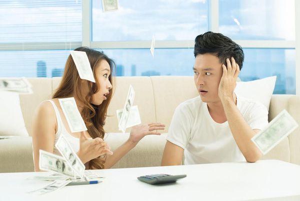 15.Từ khi cưới nhau, anh có gửi cho em đồng nào không4