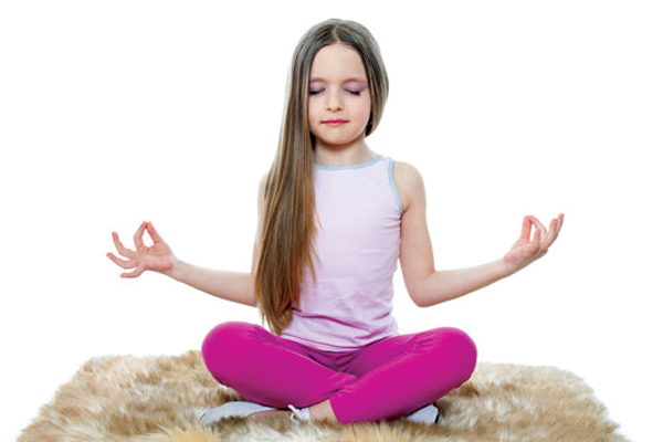17.trong Yoga đừng nhầm tưởng trẻ em là người lớn1