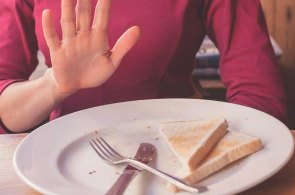 4 thói quen buổi sáng gây hại cho sức khỏe nhiều người mắc phải