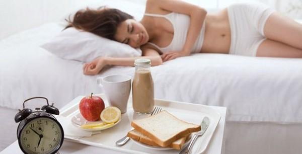4 thói quen buổi sáng gây hại cho sức khỏe nhiều người mắc phải1