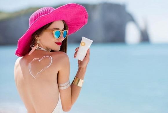 4.Học cách chọn kem chống nắng cho từng loại da để bảo vệ làn da khỏi nám, tàn nhang và đốm đen1