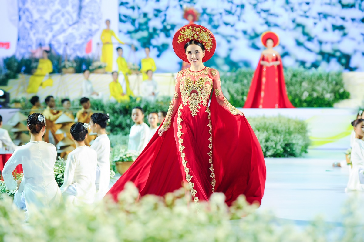 5 - 5 - Hoa hậu Châu Ngọc Bích
