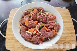 5.Thịt bò sốt tiêu tỏi Lựa chọn ngon miệng cho bữa cơm gia đình5