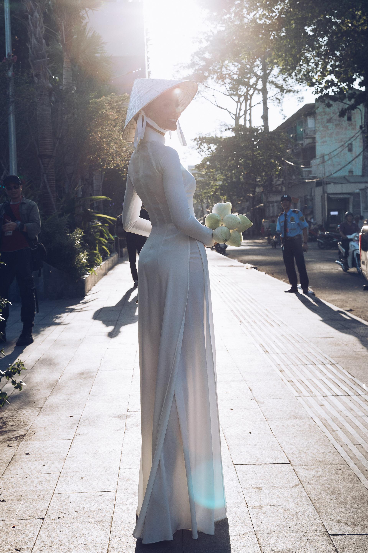 HHen Nie (40) (2)