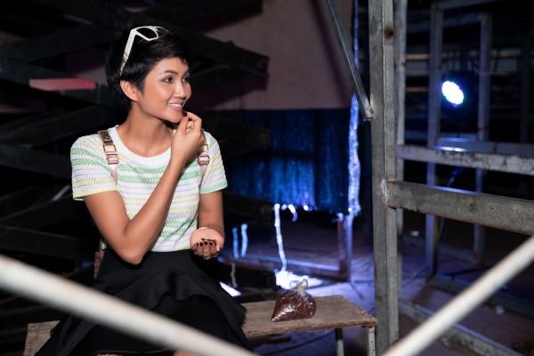 HHen Nie tong duyet chuong trinh 08 03 (31)