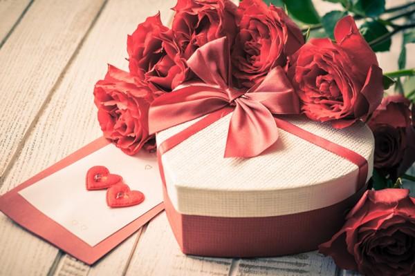 Valentine trắng1
