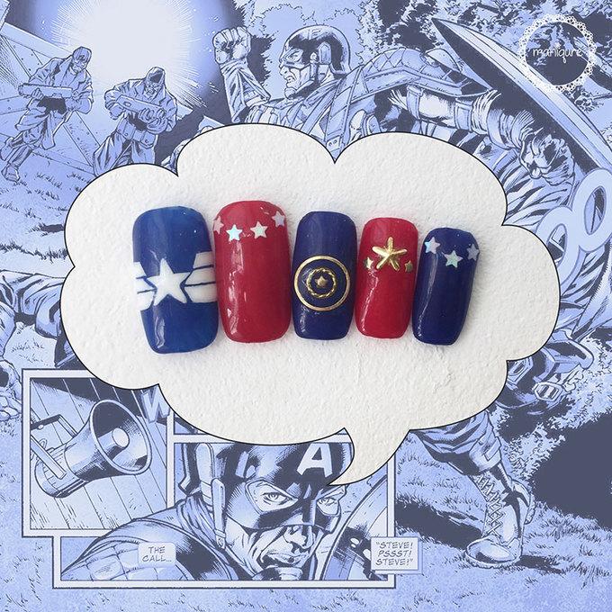Mẫu móng lấy cảm hứng từ Captain America chắc chắn không thể thiếu hình tấm khiên Vibranium cùng ngôi sao bạc đã làm nên thương hiệu.