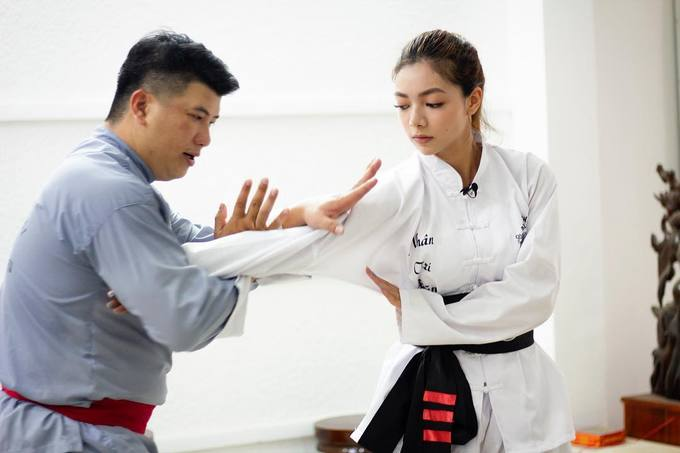 Một trong những bí quyết giúp Katleen có thân hình săn chắc đó là tập võ. Là con nhà nòi, Katleen được học võ thuật từ nhỏ và có huyền đai đệ tam đẳng trong môn Vịnh Xuân.