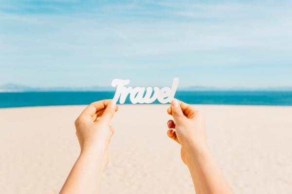 Mùa hè là một trong những thời điểm thích hợp cho những chuyến đi chơi, khám phá.