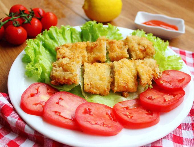 13.Thịt thăn heo chiên xù thơm ngon, hấp dẫn