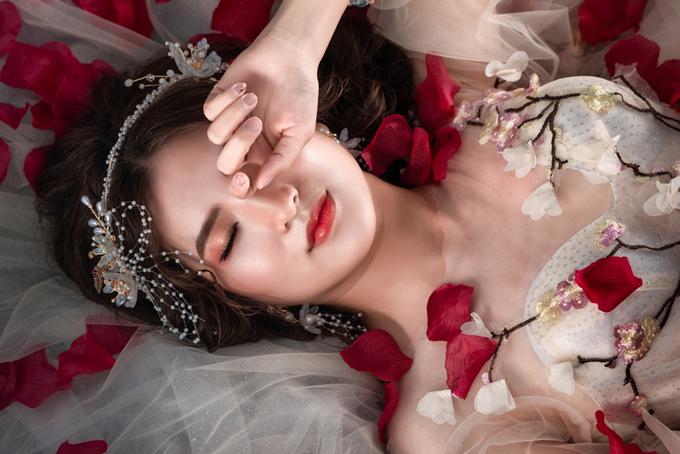 27.7 mẹo 'cứu' cô dâu bớt nheo mắt khi chụp ảnh dưới trời nắng