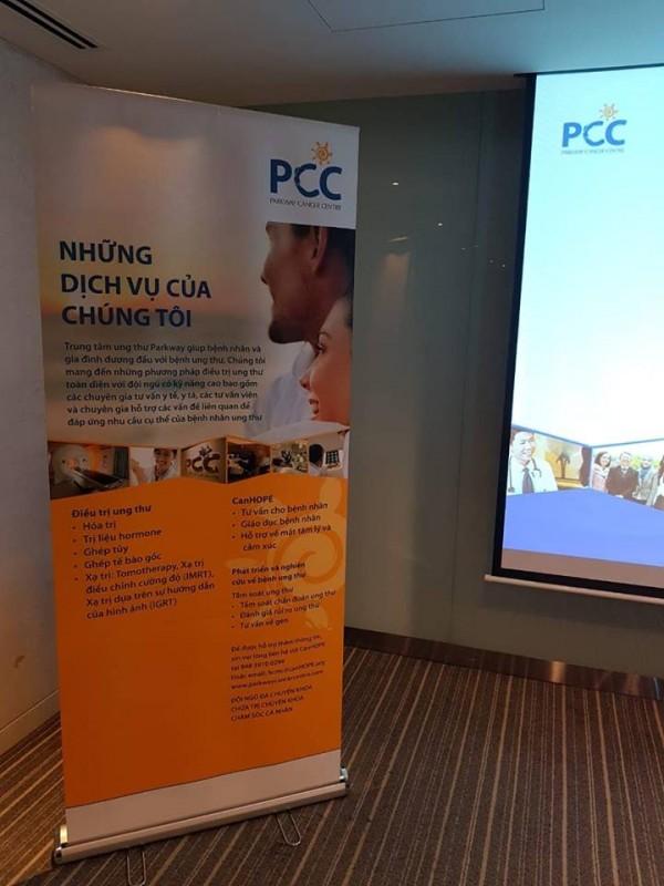 PARKWAY là trung tâm tư vấn, cầu nối giữa bệnh nhân, nhất là bệnh nhân ung thư với Bệnh viện Mount Elizabeth và vài bệnh viện khác ở Singapore.