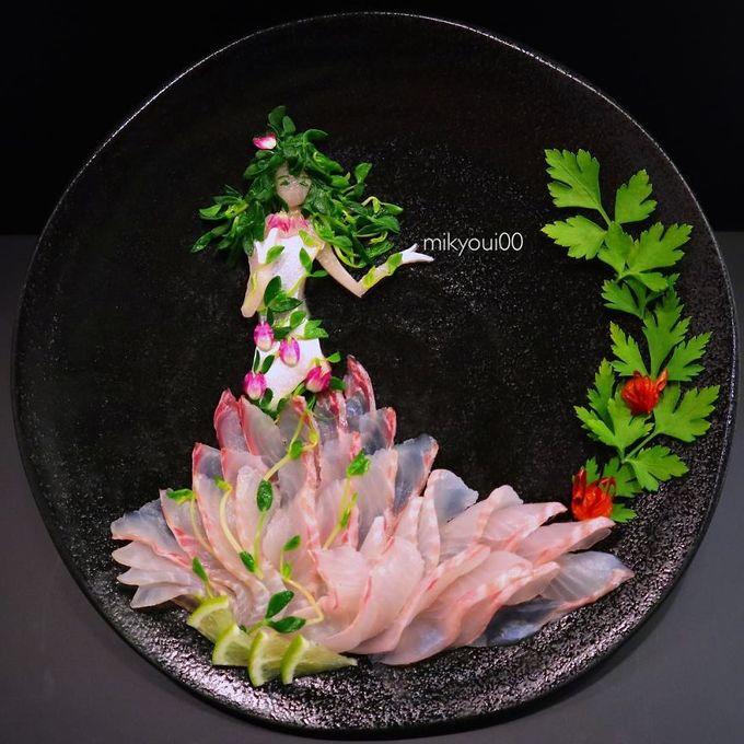 Xuất phát từ việc muốn dạy con về nguyên liêụ các món ăn, màu sắc và mùi vị, Mikyoui00 đã lên Youtube, theo dõi tất cả các đầu bếp nổi tiếng mà anh biết, sau đó mày mò, bắt chước và học hỏi những kiến thức của họ.