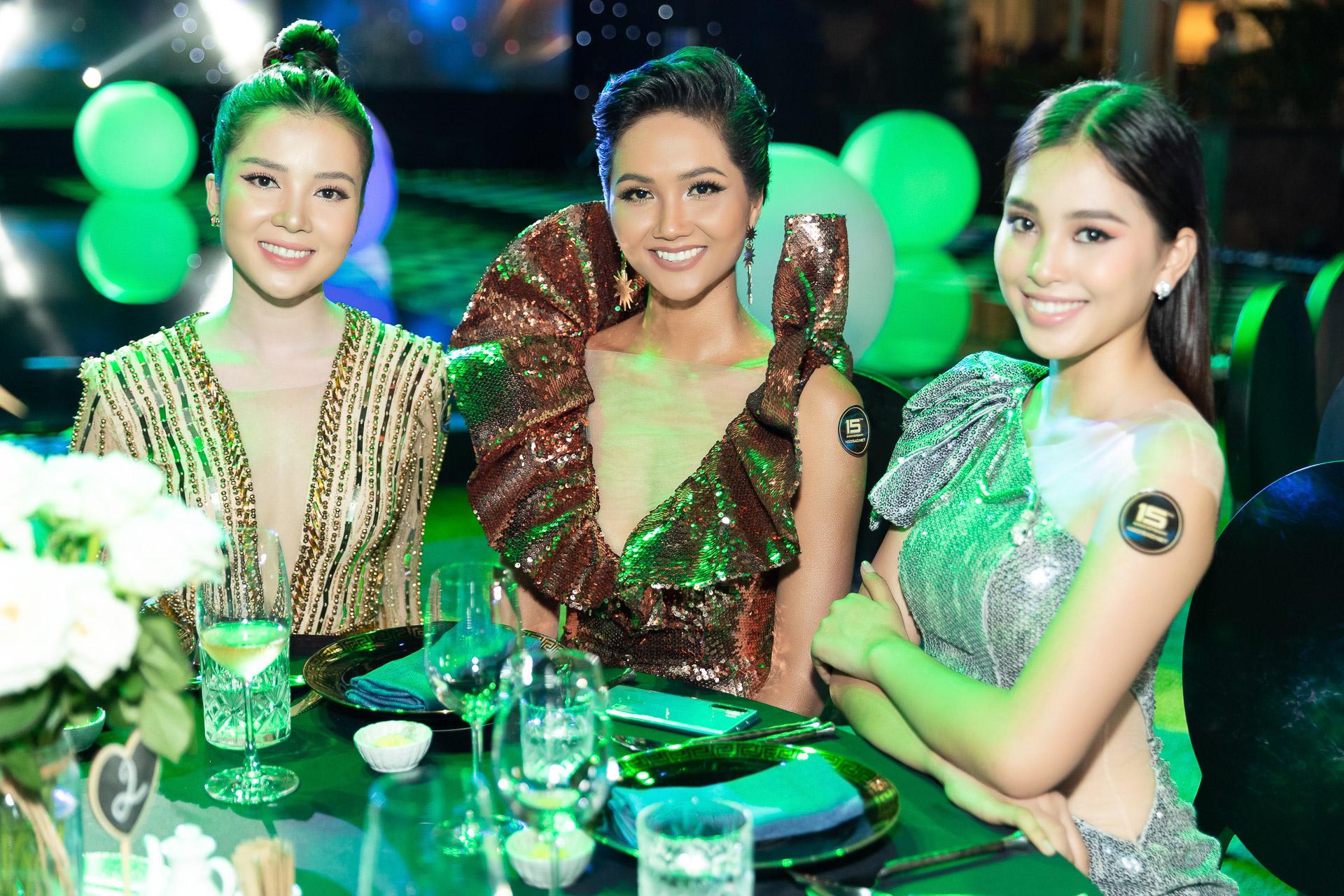 H'Hen Nie_Jumpsuit Miss Universe 2018 (23)