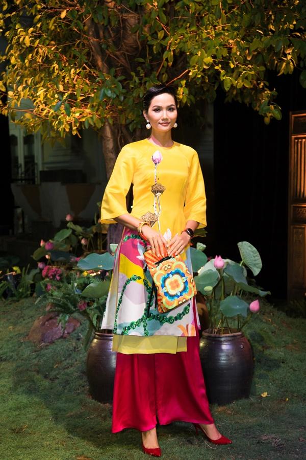 H'Hen Nie_ThuyNguyen_TinhTang (5)