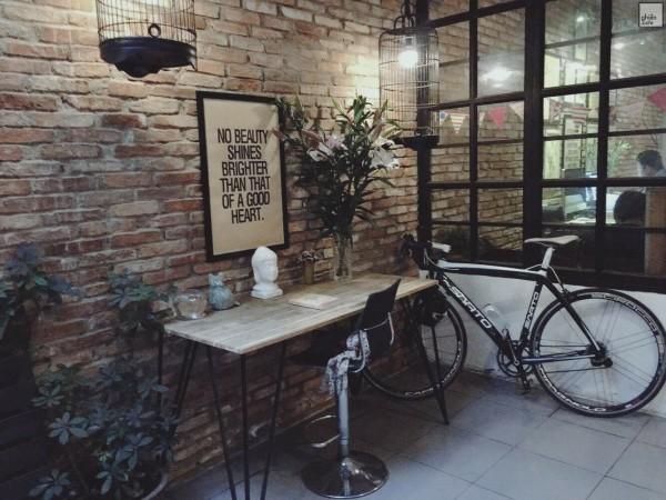 11.List quán café đẹp, ít người biết ở đường Tô Hiến Thành