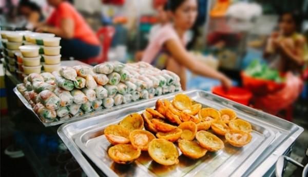 """13.Ăn vặt Sài Gòn với giá cực kỳ """"sinh viên"""""""