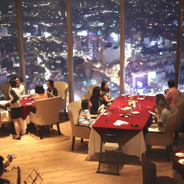20. Ngắm toàn cảnh Sài Gòn về đêm với 5 quán café sau7