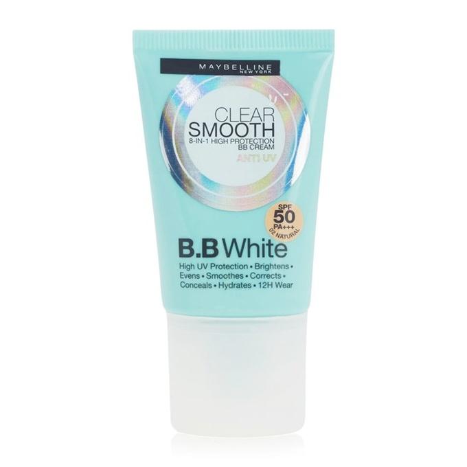 Maybelline Clear Smooth UV BB White là dòng kem '3 trong 1', vừa chống nắng, vừa dưỡng ẩm, vừa là kem nền trang điểm. Sản phẩm tan đều lên da sau khi thoa, giúp da mịn màng và trắng sáng.  Giá tham khảo: 95.000 đồng.
