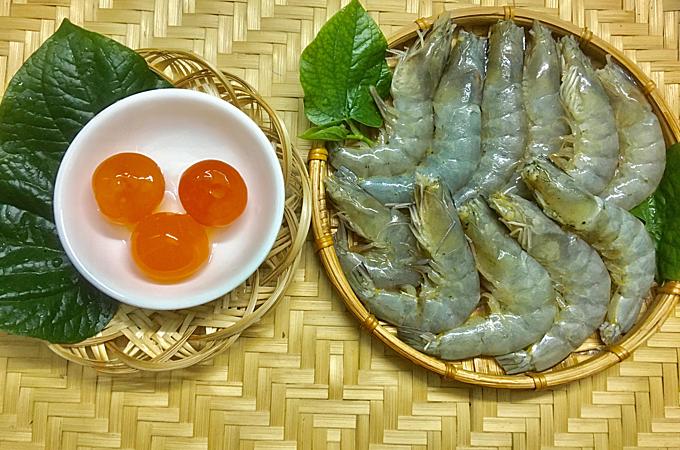 23.Tôm sốt trứng muối1