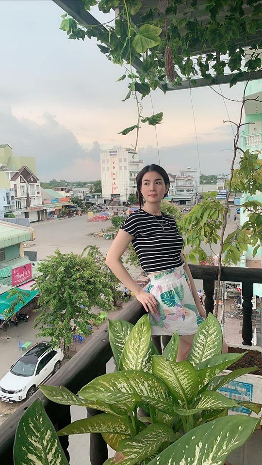 26.Vườn rau sạch mướt mắt trên sân thượng của vợ chồng Thanh Duy - Kha Ly2