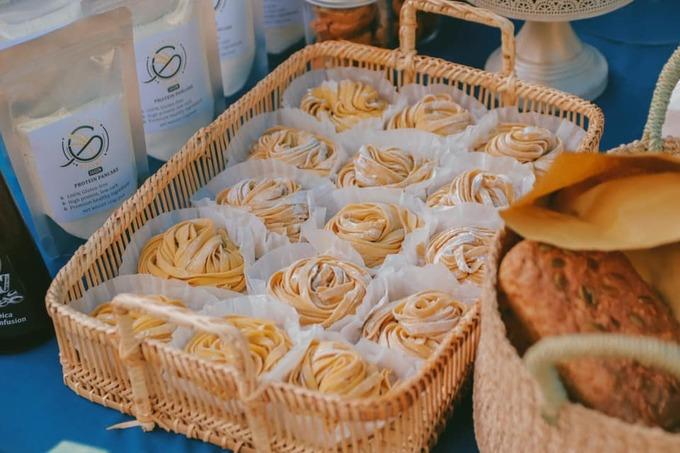 Bên cạnh đó, các loại pasta làm thủ công được ưa chuộng vì bảo đảm an toàn vệ sinh. Nếu có thời gian, các chủ tiệm ở đây đều thoải mái chia sẻ bí quyết nấu ăn với khách.