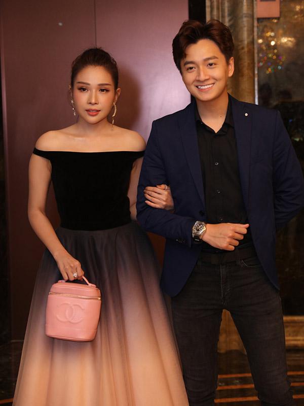 Vợ chồng Trấn Thành cùng dàn sao dự tiệc cưới đạo diễn Nhất Trung5