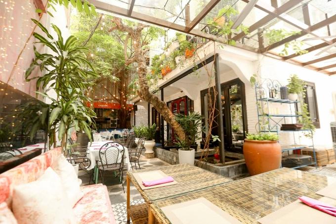 11.Địa chỉ cuối tuần Ba nhà hàng đồ Tây sang chảnh ở Sài Gòn