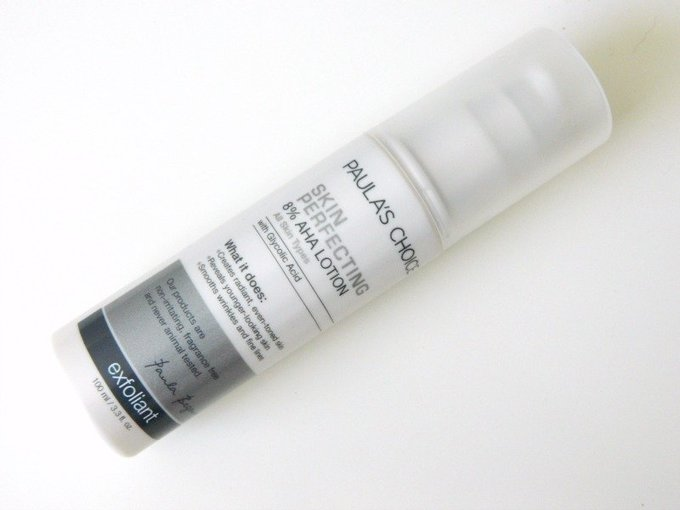 Hãng này cũng có lotion Skin Perfecting với nồng độ AHA cao hơn: 8% cùng thành phần làm mềm da có nguồn gốc thiên nhiên. Tuy nhiên, với nồng độ acid cao nên sản phẩm sẽ tạo cảm giác châm chích sau khi tiếp xúc với bề mặt da. Giá tham khảo: 920.000 đồng
