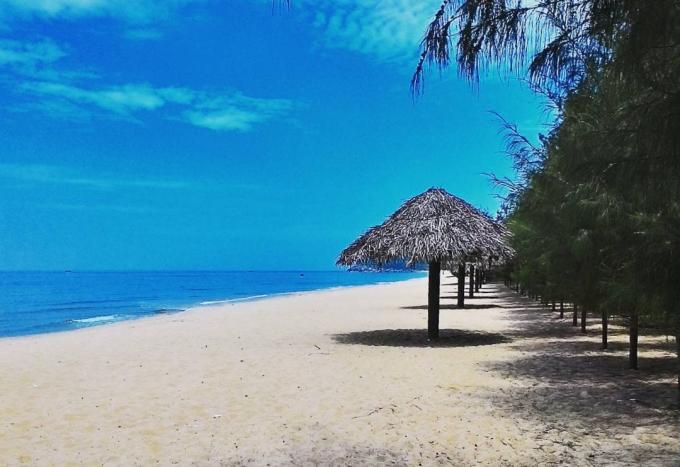 22.24h ở vùng biển vắng đẹp như tranh ở Quảng Ngãi1
